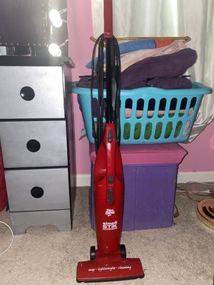 Dirt Devil Vacuum for Sale in Silver Spring, MD