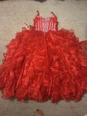 Flower girl dress size 10 for Sale in Clayton, NC