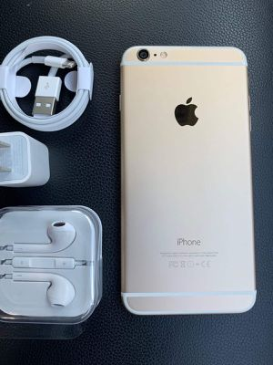 Iphone 6 just like NEW & FACTORY UNLOCKED (EXCELLENT CONDITION) for Sale in Springfield, VA