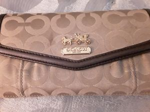 Coach tri fold wallet for Sale in Byrnes Mill, MO