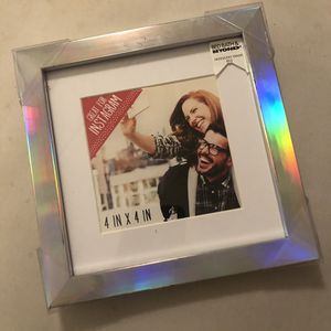 Holographic photo frame for Sale in Hazleton, PA