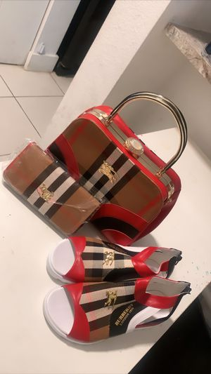 Burberry set for Sale in Miami, FL