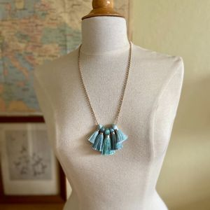 Miss Ivy Pearl Five Tassel Necklace (brand new) for Sale in Laguna Niguel, CA