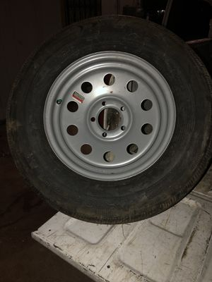 Trailer rime and tire 15 inch 205/75/15 New 5lug for Sale in San Antonio, TX