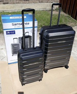 $100 set of 2 New in box Samsonite Tech 2.0 2 pc Set grey or blue hardside hard side luggage with spinner wheels for Sale in El Monte, CA