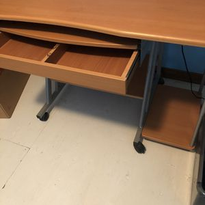 Computer Desk For Students for Sale in Broomfield, CO