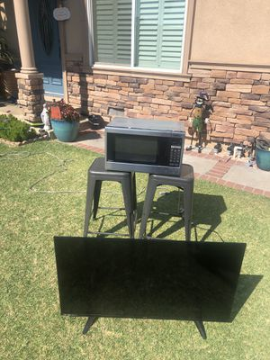 Sanyo 40 inch led tv with remote for Sale in Azusa, CA