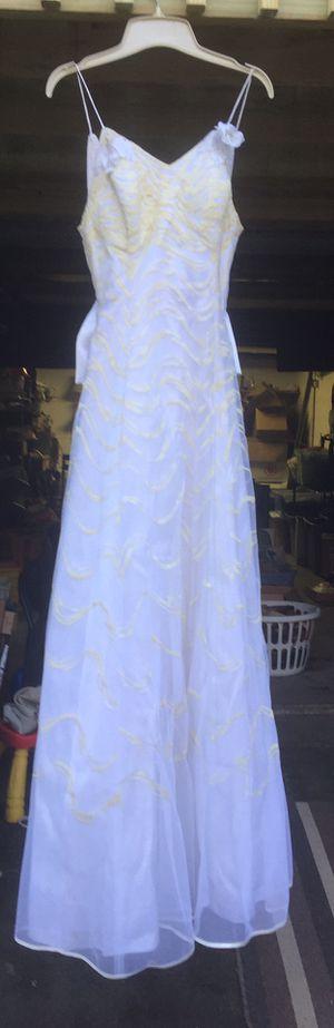 Wedding dress for Sale in Castle Shannon, PA