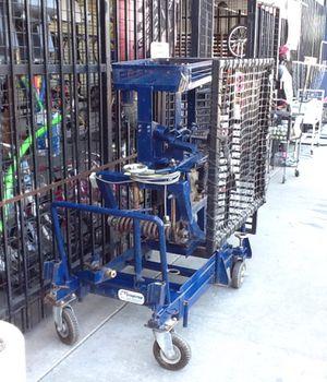 FuturePro Baseball Pitching Machine for Sale in Phoenix, AZ