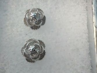 925 Sterling Road Stud Earrings White Sapphire Center Stone for Sale in Lombard,  IL