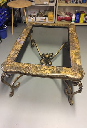 Living room table marble and glass in great condition for Sale in Moneta, VA