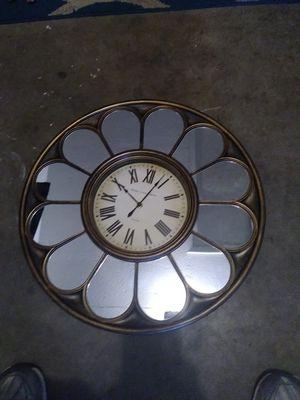 Beautiiful walll .clock for Sale in Tampa, FL