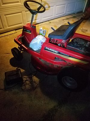 MURRAY RIDING MOWER for Sale in Wichita, KS
