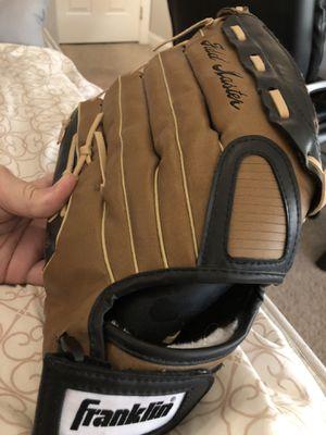 Franklin baseball glove for Sale in Las Vegas, NV