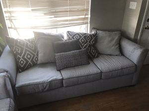 Sofa & Loveseat set for Sale in Phelan, CA
