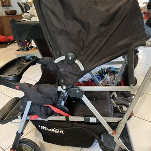 2 Child Stroller (Double Stroller Sit And Stand) for Sale in Miami, FL