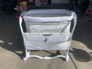 Baby Basket crib for Sale in El Mirage, AZ