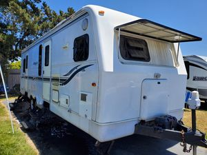 1999 Holiday Rambler Aluma Lite for Sale in Squaw Valley, CA