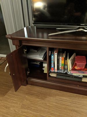 TV Stand - good condition for Sale in Phoenix, AZ