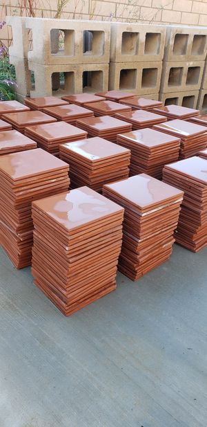 ***MUST GO TODAY *** 595 pieces / 150ft² of beautiful Red 6in X 6in Quarry wall and floor tiles for Sale in Monterey Park, CA