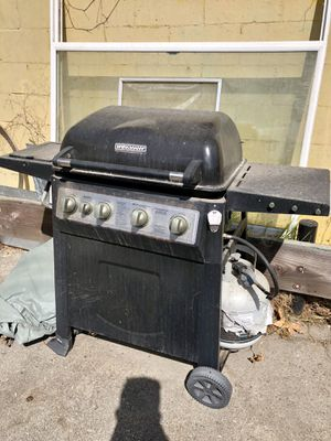 BBQ Grill with Propane Tank for Sale in Los Angeles, CA