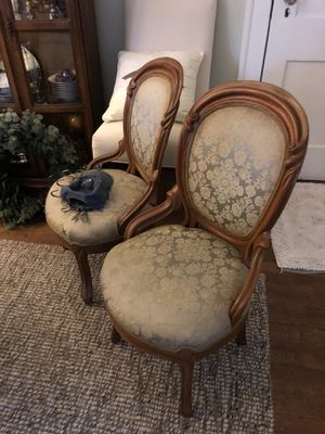 4 antique chairs 135.00 for all 4 or 35 each. for Sale in Clayton, NC