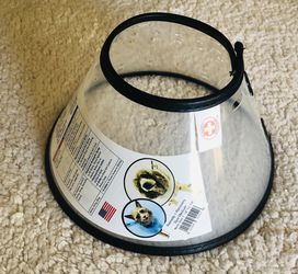 Comfy Cone E-Collar for Dogs & Cats. Size Medium. Easy Ajustable Sizing. For Small To Medium Size Dogs. for Sale in Tempe,  AZ