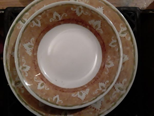 All China dishes different sets