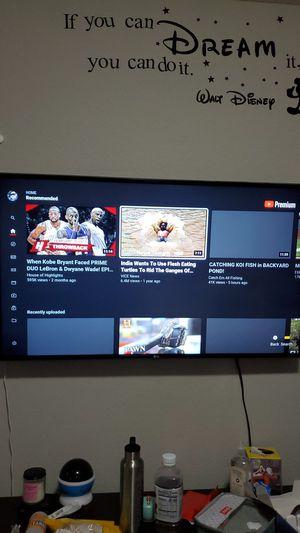 "Lg smart tv 4k 49"" for Sale in Orlando, FL"