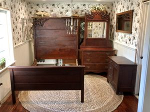 Antique bedroom set farmhouse 4 piece solid wood matching dresser mirror full bed nightstand vintage for Sale in Phoenix, AZ