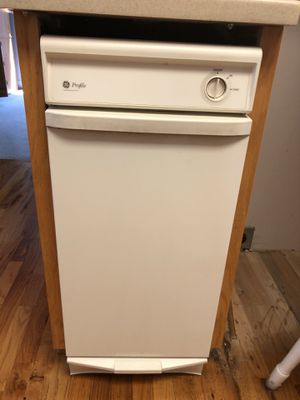 For Sale: Hotpoint Dishwasher $50 / GE Trash Compactor. $30 for Sale in Laurens, SC