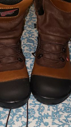Red Wing Boots 8 1/2 NEW for Sale in Carson,  CA