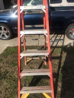 Another 6'ft ladder for sell. Asking 60.00 dollars for it for Sale in Fresno, CA