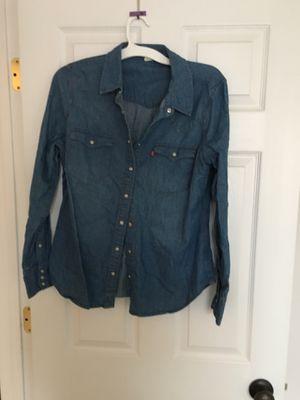 Levi's Denim Women's Western Shirt for Sale in Minneapolis, MN