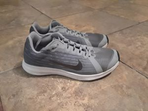 NIKE SNEAKERS for Sale in Northumberland, PA