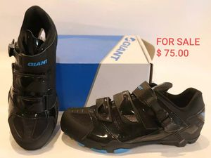 Giant bicycles Transmit mtb clipless cycling shoes for Sale in Homestead, FL
