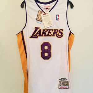 2003-04 NBA Lakers Kobe Bryant 8 White Basketball Jersey for Sale in San Francisco, CA