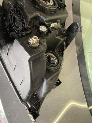 Honda Odyssey Headlight Assembly for Sale in Stockton, CA