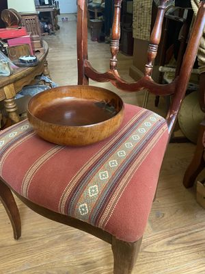 Victoria dining chair and fiine handcrafted wooden bowl for Sale in Chandler, AZ