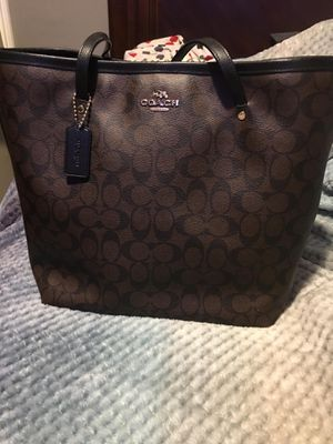Coach purse and wallet for Sale in Downey, CA