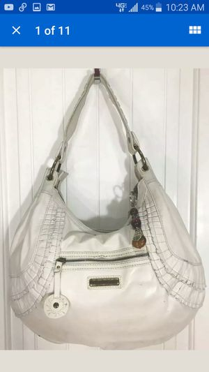 Isabella Fiore Shoulder Handabag Large for Sale in Huntington Beach, CA