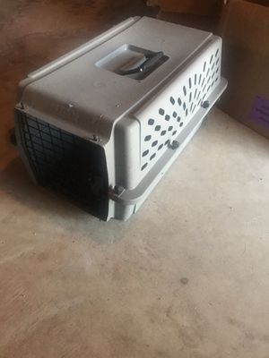 Small dog crate for Sale in Florissant, MO