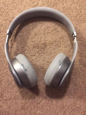 Beats by Dre solo wired - clean silver for Sale in Milwaukee, WI