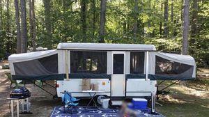 2001 Coleman pop up camper for Sale in Worcester, MA