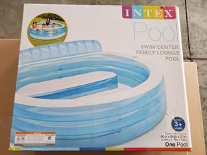Intex Swim Center Inflatable Family Lounge Pool, 90in x 31in for Ages 3+ 57190EP - NEW for Sale in Brockton, MA