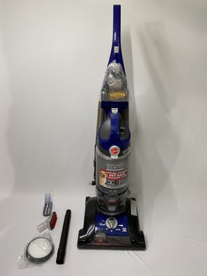 Hoover windTunnel 3 Pro Pet Bagless corded upright Vacuum for Sale in Hawthorne, CA