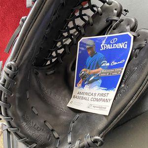 Baseball Mitt for Sale in Gresham, OR