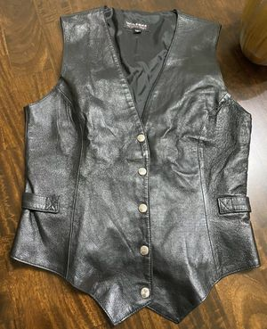 Wilson Leather Vest Black Motorcycle Biker Size M (Close To New) for Sale in Fresno, CA