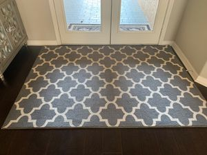 5x7 rug for Sale in Land O Lakes, FL