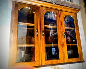 3 door wooden hutch for Sale in Colorado Springs, CO